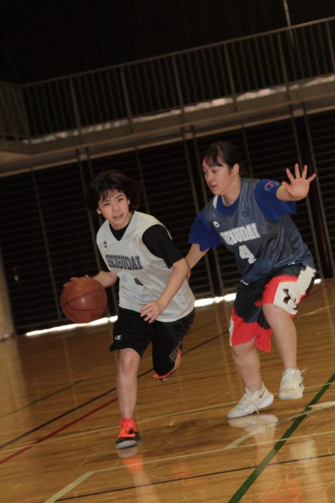 女子バスケットボール